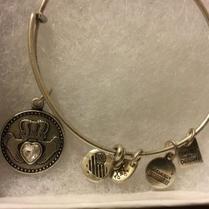 Alex And Ani Bracelet Charity By Design, Claddagh